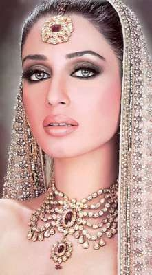 اداکارہ ایمان علی کی نئی فلم ..