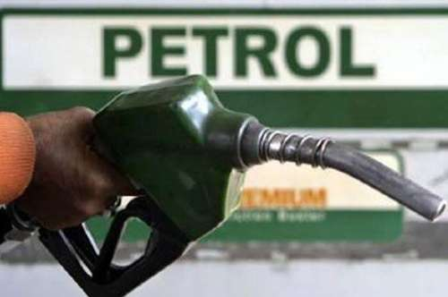 پٹرول کی قیمت میں 10 روپے فی لیٹر ..