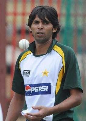 محمد آصف نے بھی پی سی بی سے مدد ..