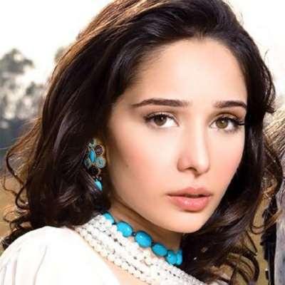 اداکارہ و ماڈل جگن کاظم نے اپنی ..
