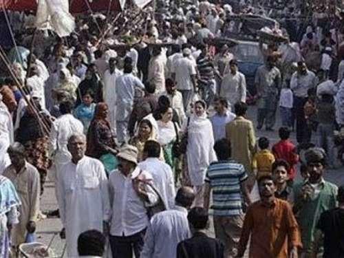 لاہور : حکومت نے ایک بار پھر قوم ..