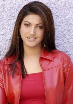 "اداکارہ ثناء فلم "" عشق پازیٹو .."