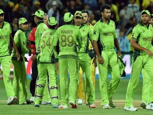 دورہ بنگلہ دیش، قومی کرکٹرز ..
