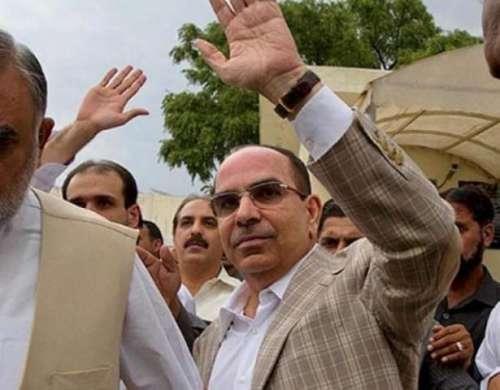 کراچی : بحریہ ٹاون حکام کی کمشنر ..