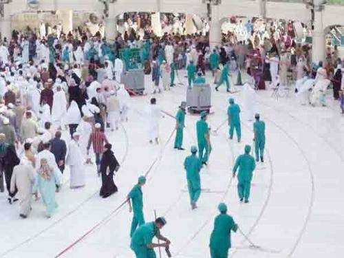 مسجد الحرام میں روزانہ 143 ٹن ..