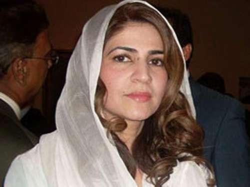 تنویر زمانی نامی عورت پاکستان ..