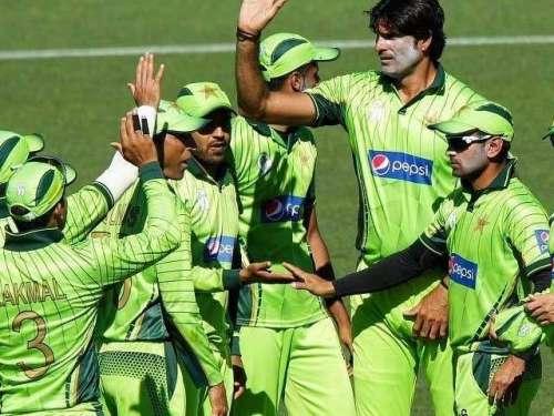 پاکستان نے سری لنکا کیخلاف ون ..