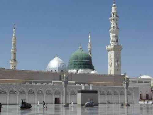 مسجد نبوی میں توسیع کا کام جاری ..