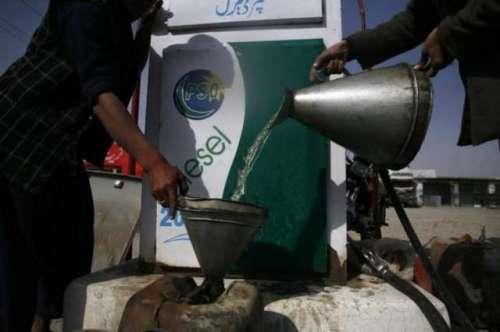 'ایرانی تیل کی اسمگلنگ میں بلوچستان ..