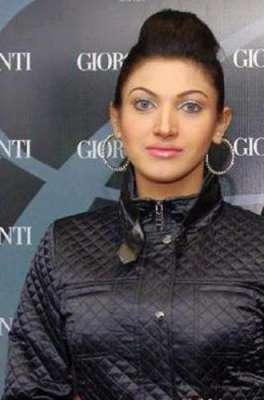 فلمسٹار ثناء نے بھارتی انتہاء ..