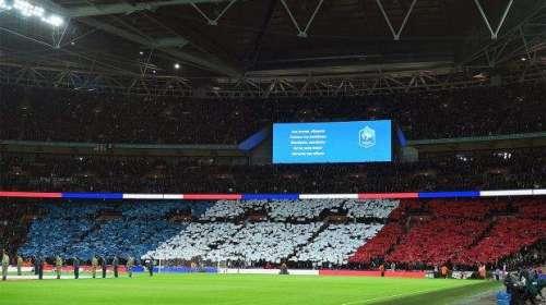 فرانس : فٹبال کے تمام میچوں میں ..
