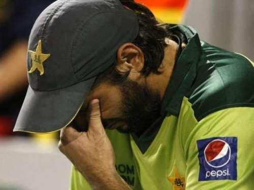 انگلینڈ سے شکست، پاکستان آئی ..