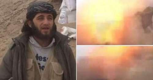 ریکارڈنگ کراتے داعش کے کارکن ..
