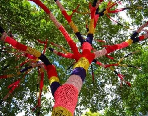 چین میں درختوں کیلئے بھی رنگ ..