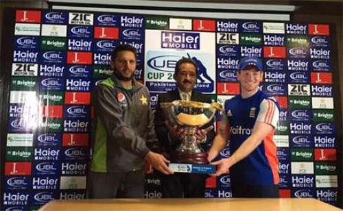 پاکستان اور انگلینڈ کے درمیان ..