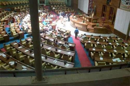 کراچی : سندھ اسمبلی میں رینجرز ..