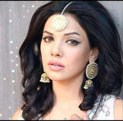سارہ لورین نے پاکستانی فلم میں ..