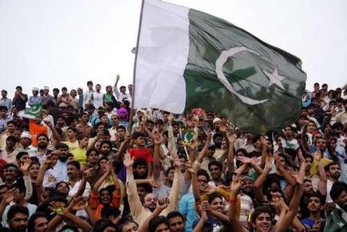 سال2015ء ،پاکستانیوں کی اکثریت ..