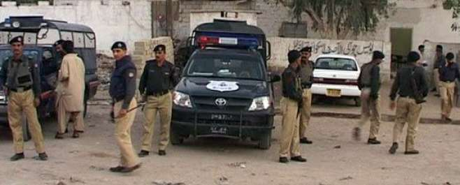 کراچی میں پولیس مقابلہ ، کالعدم تنظیم کے کمانڈر سمیت 7 دہشتگرد ہلاک