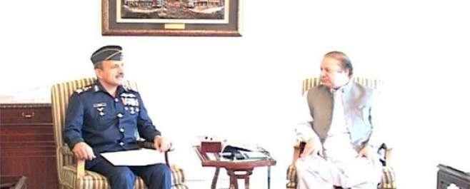 وزیر اعظم پاکستان اور ائیر چیف مارشل کی ملاقات