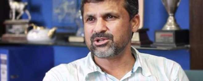 قومی کرکٹ ٹیم کے چیف سلیکٹر معین خان نے کیسینو جانے کا اعتراف کر لیا