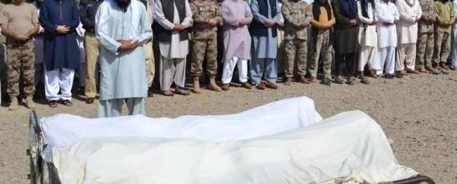 سانحہ تربت میں دہشت گردوں کی فائرنگ سے جاں بحق 20مزدوروں کی نماز جنازہ ..