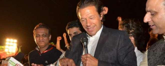 این اے 122 کے نتائج فوج کے زیر نگرانی منتقل کئے جائیں، عمران خان کا مطالبہ