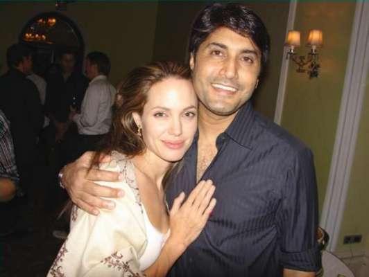 اداکار و ماڈل عدنان صدیقی نے ہالی وڈ سٹار انجلینا جولی کیساتھ ملاقات ..
