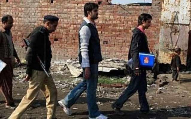 پشاور: سخت سیکیورٹی میں ایک روزہ انسداد پولیو مہم