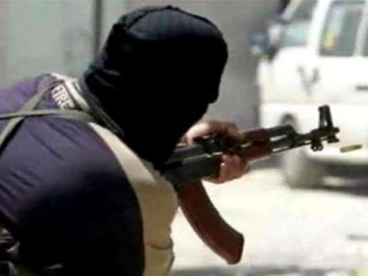 کراچی: اناڑی بنک ڈکیت کے بعد کھلاڑی اسٹریٹ کرمنل سامنے آ گیا، اکیلا ..