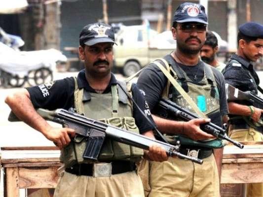 کراچی: ڈکیتیوں کی سنچری بنانے والے ڈاکو کے دو بیٹے گرفتار