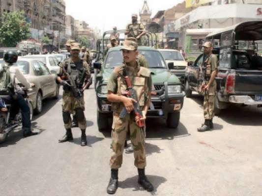 کراچی : نائن زیرو کے اطراف میں رینجرز کا گشت، سکیورٹی کا جائزہ لیا۔