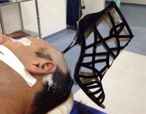 سعودی عرب خاتون نے جوتے کا انوکھا استعمال ڈھونڈ نکالا