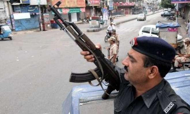 کراچی،مختلف پولیس مقابلوں میں پانچ دہشتگرد ہلاک،بارودی مواد برآمد