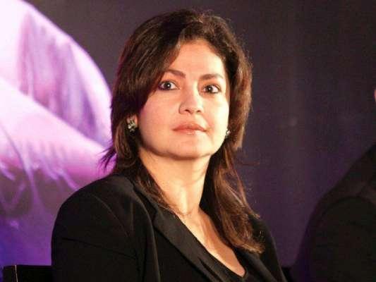 اداکارہ پوجا بھٹ واپس بھارت روانہ ہو گئیں