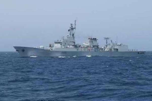 کراچی : یمن میں محصور پاکستانیوں کو لے کر پاک بحریہ کا جہاز  پی این ایس ..