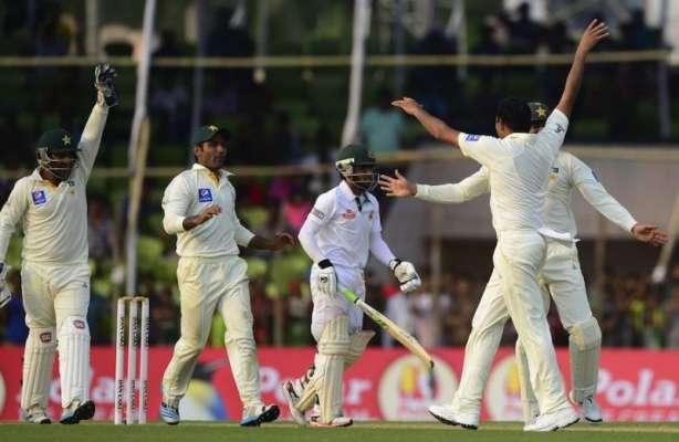 کھلنا ٹیسٹ:بنگلہ دیشی ٹیم پہلی اننگز میں 332رنز پر ڈھیر ہوگئی