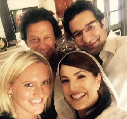 وسیم اور شنائرا کی عمران خان اور ریحام کے ساتھ سیلفی سپر ہٹ ہو گئی