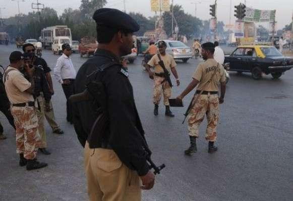 مومن آباد میں پولیس تھانے پر رینجرز کے چھاپے کیخلاف پولیس کا ایف آئی ..