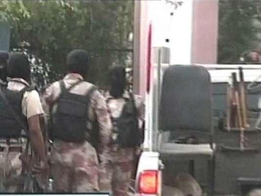 کراچی : رینجرز نے بلڈنگ کنٹرول اتھارٹی کا محاصرہ ختم کر دیا، ریکارڈ ..