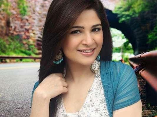 """اداکارہ عائشہ عمر اپنی فلم """" کراچی سے لاہور """" کی نمائش کے موقع پر لاہور .."""