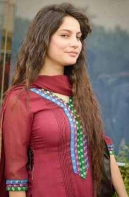 فنکار کاکام امن' محبت اور انٹرٹین کرنا ہے کوئی سیاسی عزائم نہیں' اداکارہ ..