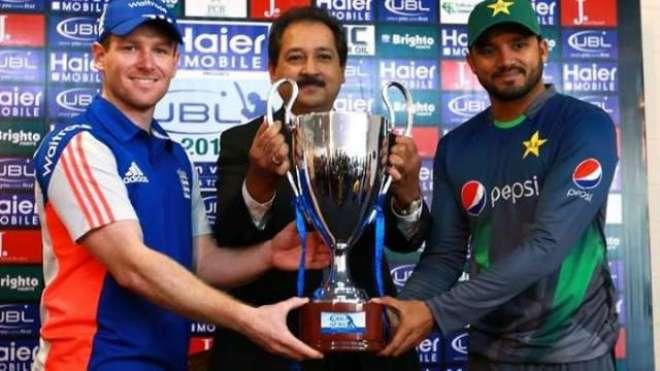 پاکستان ، انگلینڈ آج پہلے ون ڈے میں ابوظہبی کے میدان پر مدمقابل ہوں ..