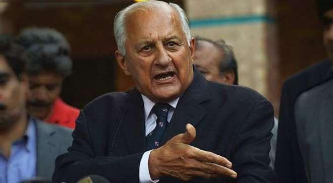 یونس خان نے ریٹائرمنٹ کا فیصلہ غلط وقت پر لیا ہے: شہریار خان