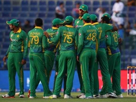 قومی کرکٹ ٹیم کی نئی کا رنگ جنوبی افریقا سے ملتاجلتا