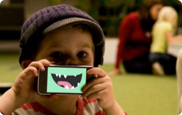 موبائل فون اور کمپیوٹر جیسے جدید آلات کا استعمال کمسن بچوں کی ذہنی ..