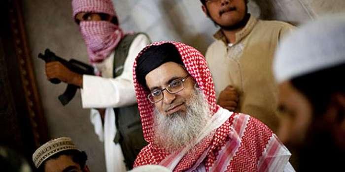 ممکنہ گرفتاری سے بچاؤیا نظربندی؟ مولانا عبدالعزیز کا مسلسل تیسرے جمعہ ٹیلیفونک خطبہ