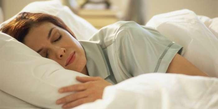 زیادہ نیند خطرناک بیماریوں میں مبتلا کرسکتی ہے،ذہنی دباؤ، امراض قلب، بلڈ پریشر جیسی بیماریوں کا خطرہ بڑھ جاتا ہے، برطانوی تحقیق