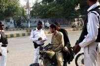 کراچی ساﺅتھ ڈسٹرکٹ میں اینٹی کرپشن پولیس نے ٹریفک پولیس کے چار افسران ..