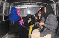 پنجاب پولیس نے کریمنل ریکارڈ میں 42خواتین کو شامل کر کے انکے گرد شکنجہ ..